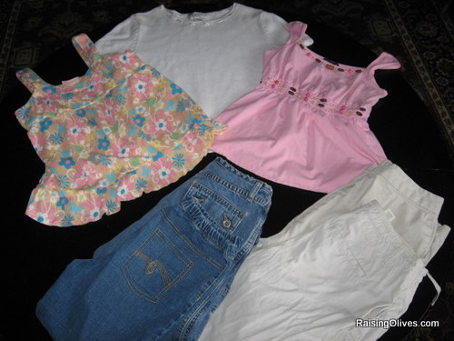 Cute Girls Clothes On Sale Three cute tops two pairs of