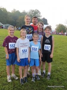 Front: L-R: Alyssa (12), Carter (10), Sadie (9), Matthew (13) Back: L-R: Amber (16), Mark, Kaitlin (14)
