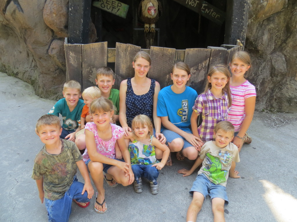 dollywood amber kaitlin matthew alyssa carter sadie savannah colby nick bella valor